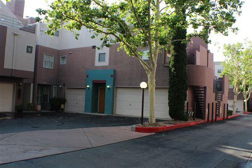 Photo of 5149 Glenwood Pointe Lane NE, Albuquerque, NM 87111 (MLS # 996881)