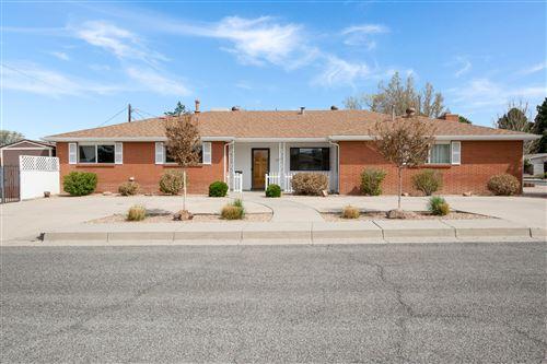 Photo of 6917 LAS ANIMAS Avenue NE, Albuquerque, NM 87110 (MLS # 989882)