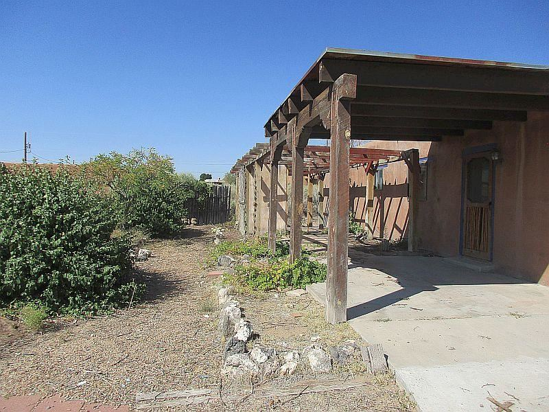 Photo of 1605 31ST Street SE, Rio Rancho, NM 87124 (MLS # 977882)