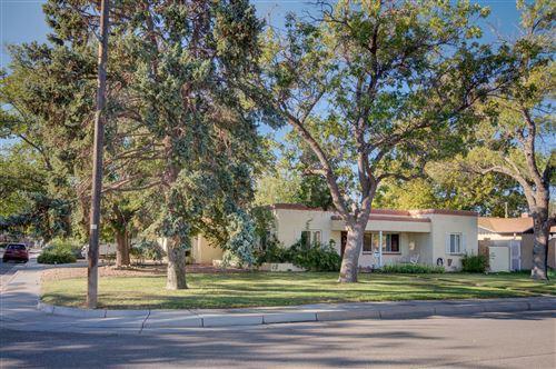 Photo of 4312 MARQUETTE Avenue NE, Albuquerque, NM 87108 (MLS # 979887)