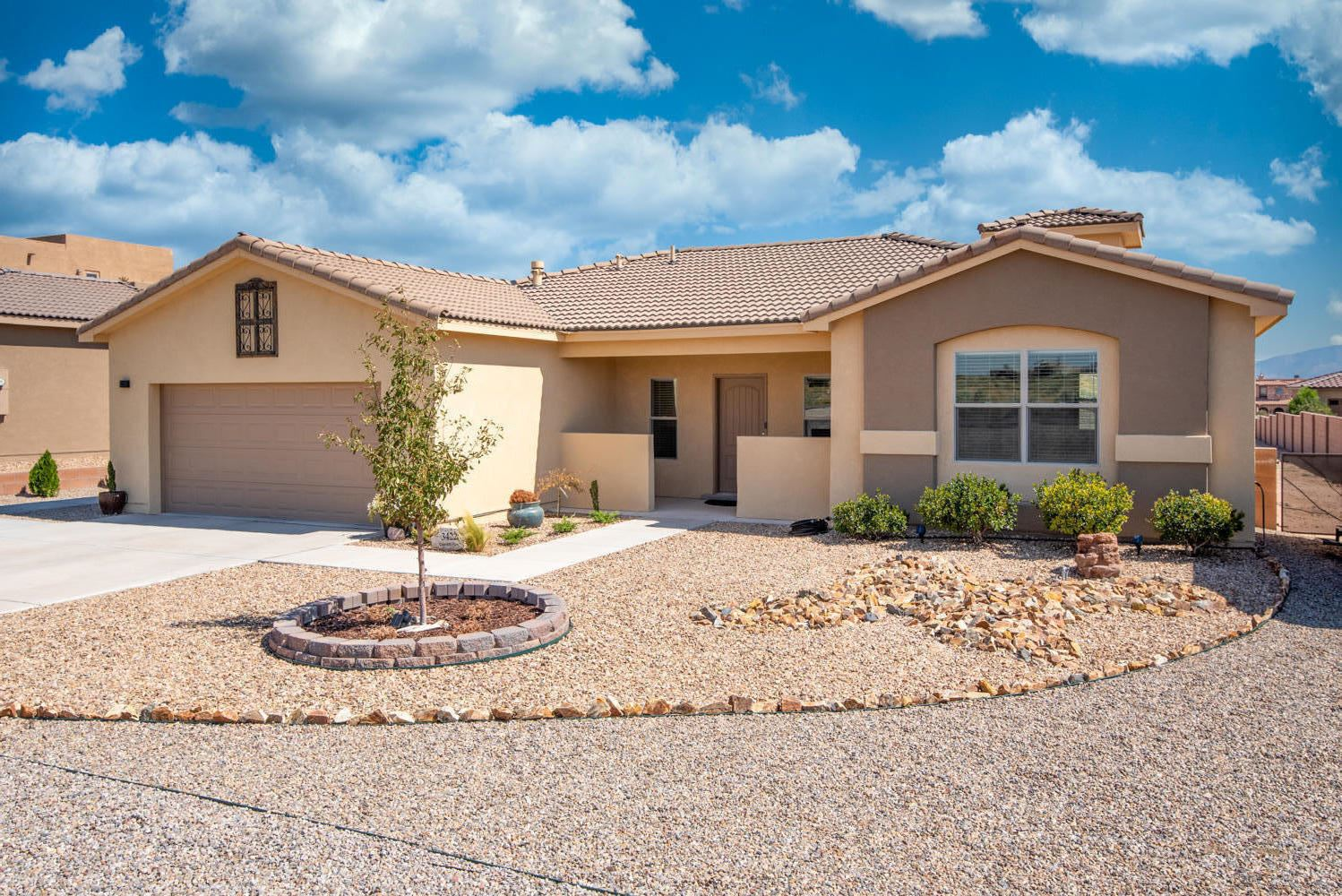 Photo of 3422 Chayote Road NE, Rio Rancho, NM 87144 (MLS # 977887)