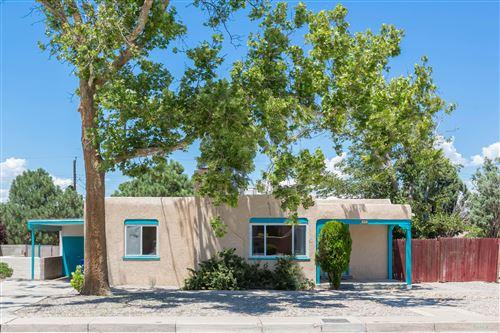 Photo of 3513 CALLE DEL SOL NE, Albuquerque, NM 87106 (MLS # 971888)