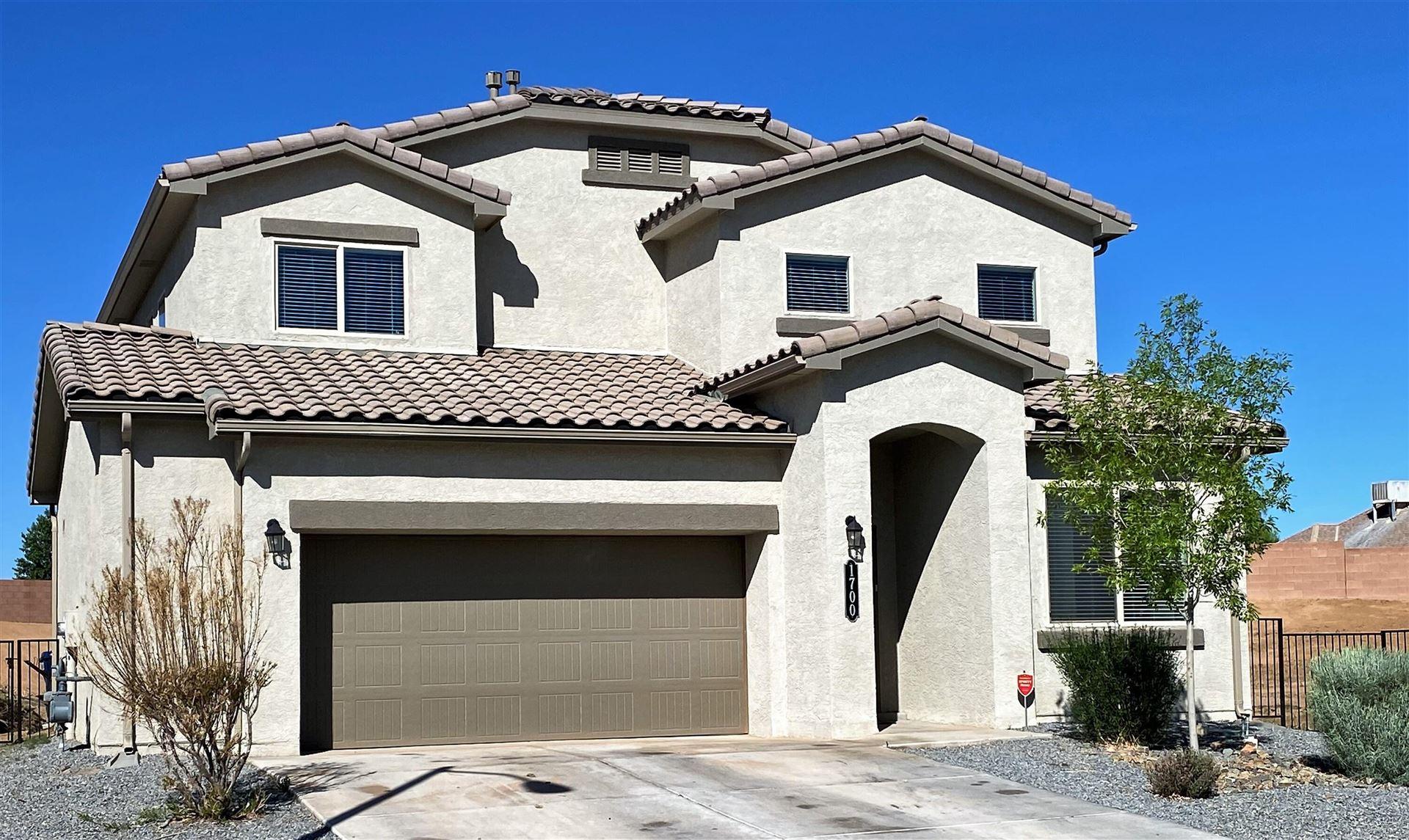 Photo for 1700 Valle Vista NW, Los Lunas, NM 87031 (MLS # 990891)