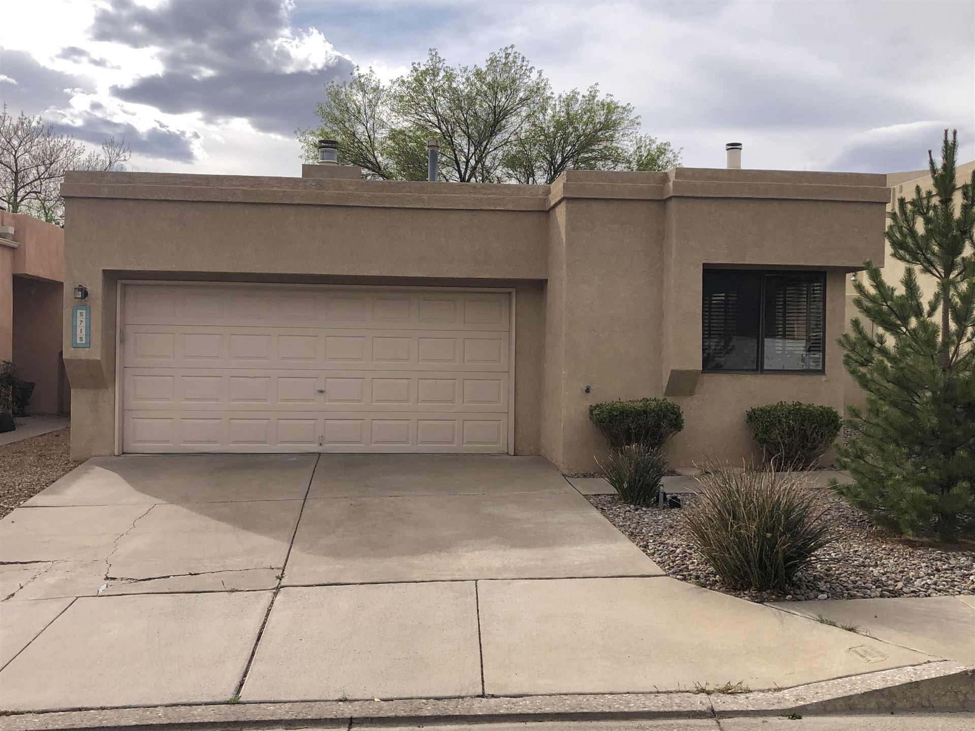 Photo of 5715 BURNHAMWOOD Place NE, Albuquerque, NM 87111 (MLS # 989892)