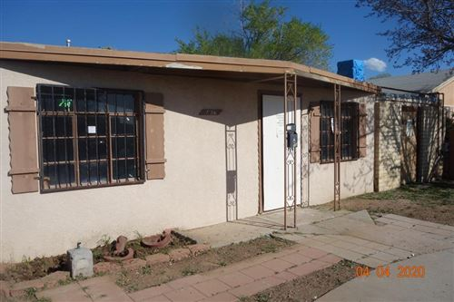 Photo of 236 Rhode Island NE, Albuquerque, NM 87109 (MLS # 965893)