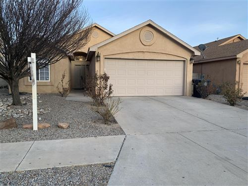 Photo of 476 TIMOTHY Court SW, Albuquerque, NM 87121 (MLS # 983893)