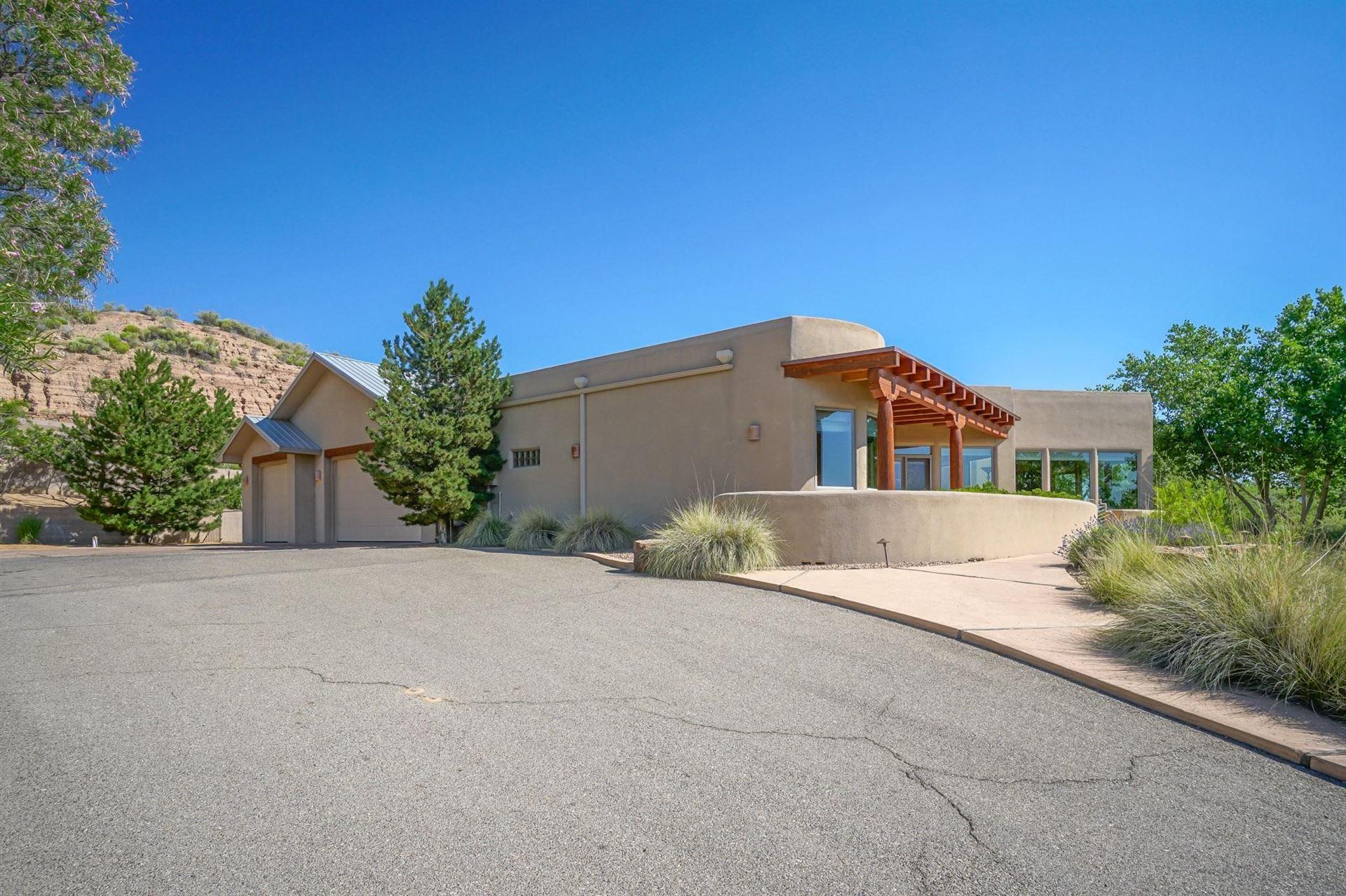 Photo of 3571 SEQUOIA Place NW, Albuquerque, NM 87120 (MLS # 959893)