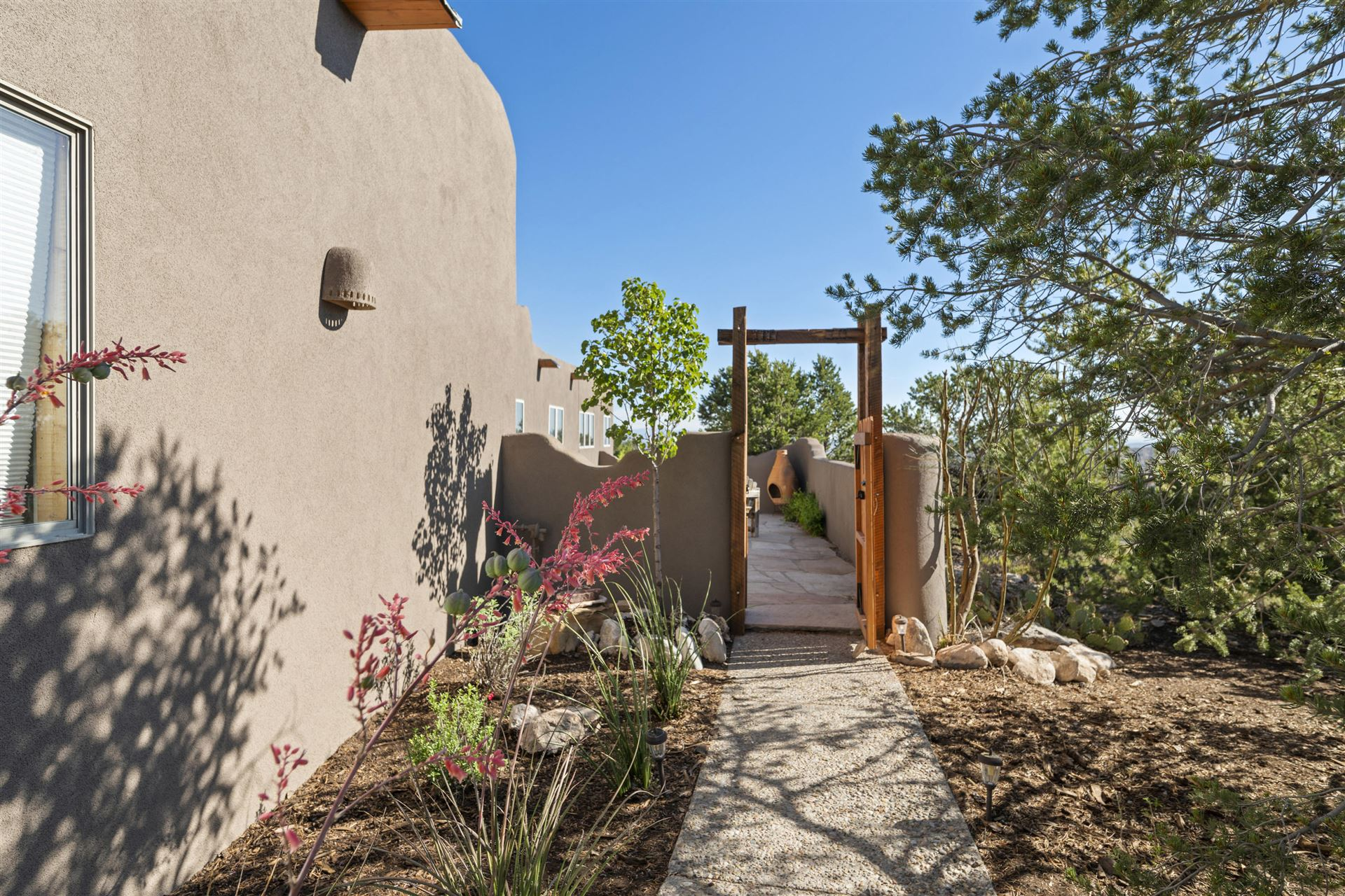 Photo of 67 OVERLOOK Drive, Placitas, NM 87043 (MLS # 970894)