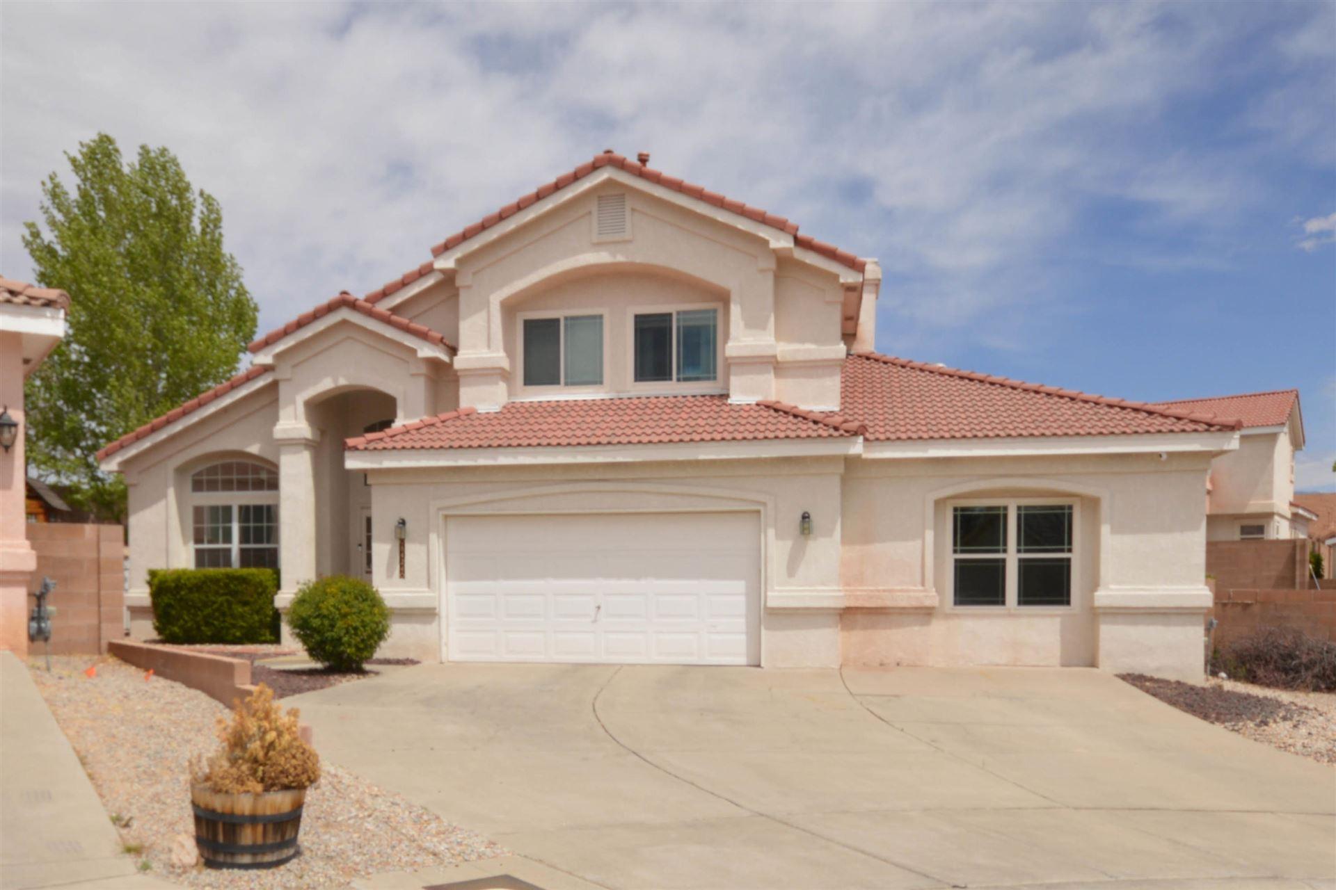Photo of 8424 LOS REYES Court NW, Albuquerque, NM 87120 (MLS # 989894)