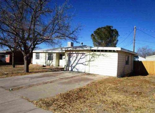 Photo of 1003 JUNIPER Drive, Alamogordo, NM 88310 (MLS # 985899)