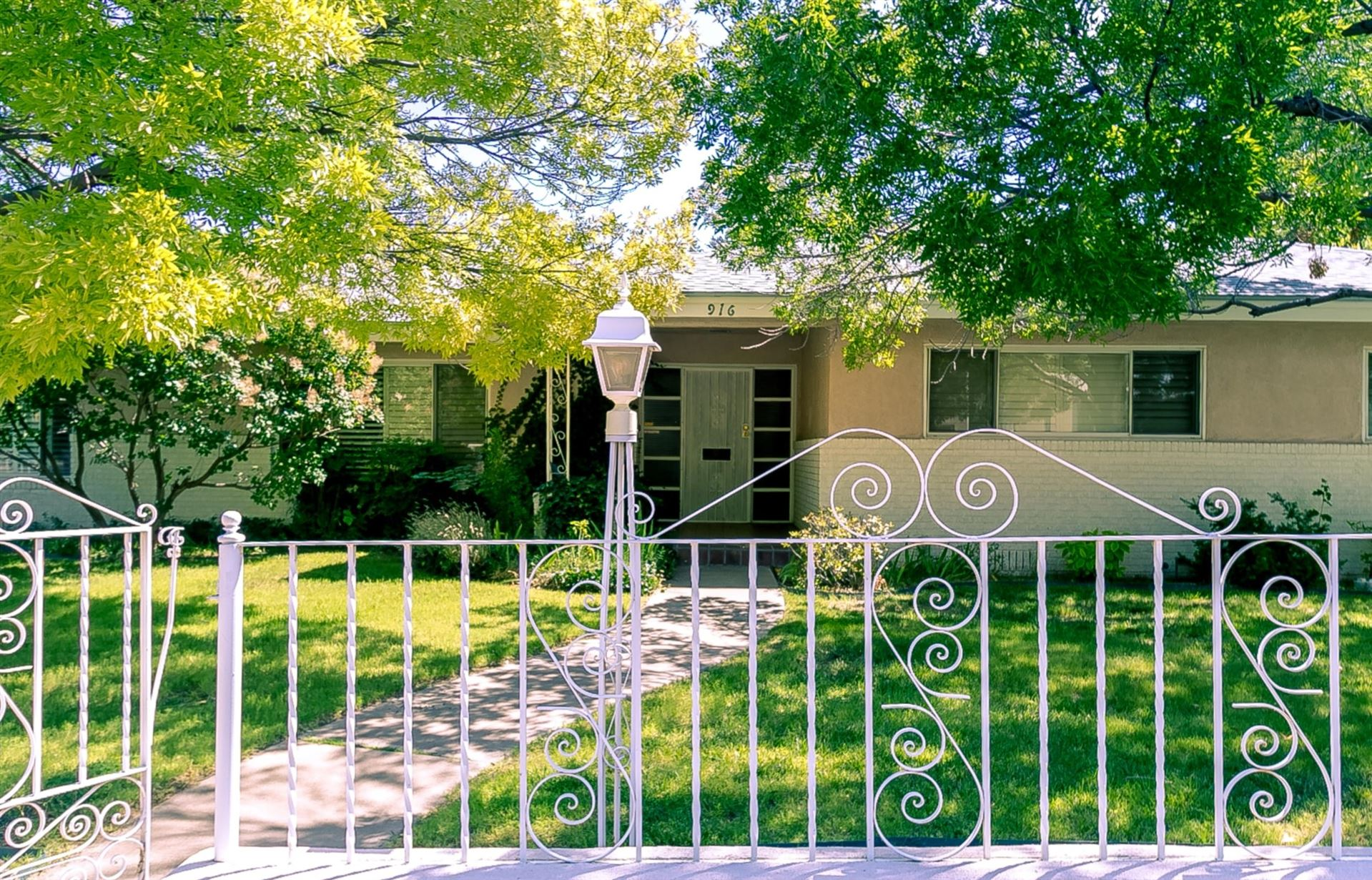 Photo for 916 Solano Drive NE, Albuquerque, NM 87110 (MLS # 953899)