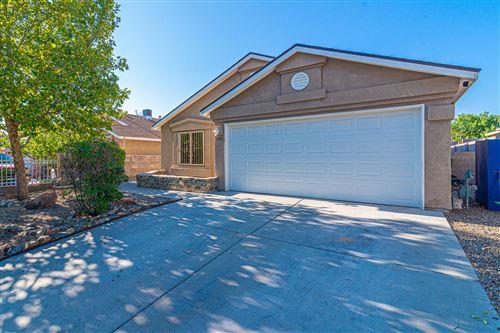 Photo of 8912 SILVERADO Avenue SW, Albuquerque, NM 87121 (MLS # 977900)