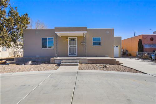 Photo of 324 GENERAL CHENNAULT Street NE, Albuquerque, NM 87123 (MLS # 983901)