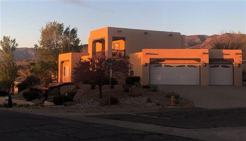 Photo of 614 Navarra Way SE, Albuquerque, NM 87123 (MLS # 969903)