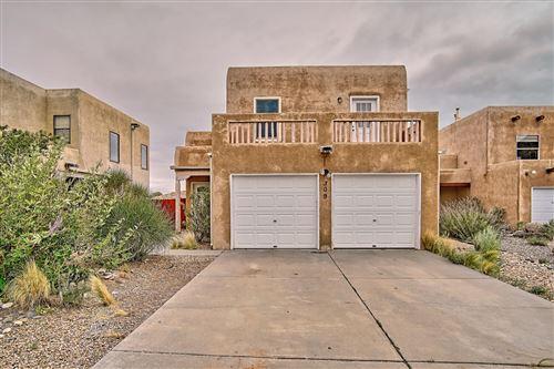 Photo of 309 NARCISSUS Place SE, Albuquerque, NM 87123 (MLS # 976904)