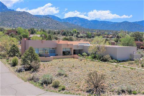 Photo of 560 BLACK BEAR Place NE, Albuquerque, NM 87122 (MLS # 996905)