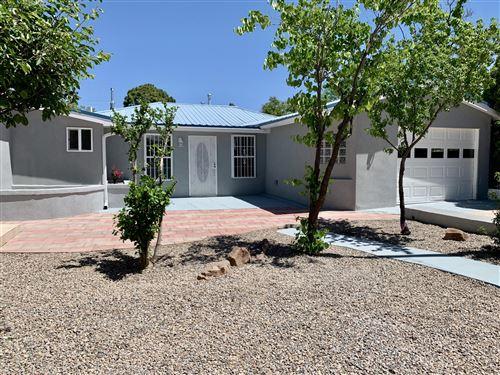 Photo of 1319 Cordova Avenue NW, Albuquerque, NM 87107 (MLS # 968906)