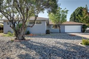 Photo of 6204 Rogers Avenue NE, Albuquerque, NM 87110 (MLS # 953907)