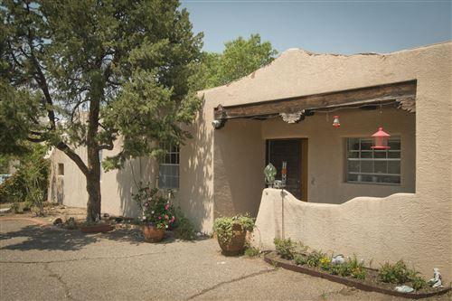 Photo of 13213 CEDARBROOK Avenue NE, Albuquerque, NM 87111 (MLS # 974913)
