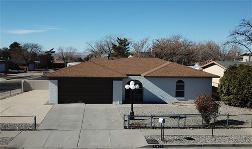 Photo of 6407 ROSALIND Drive NE, Albuquerque, NM 87109 (MLS # 983919)