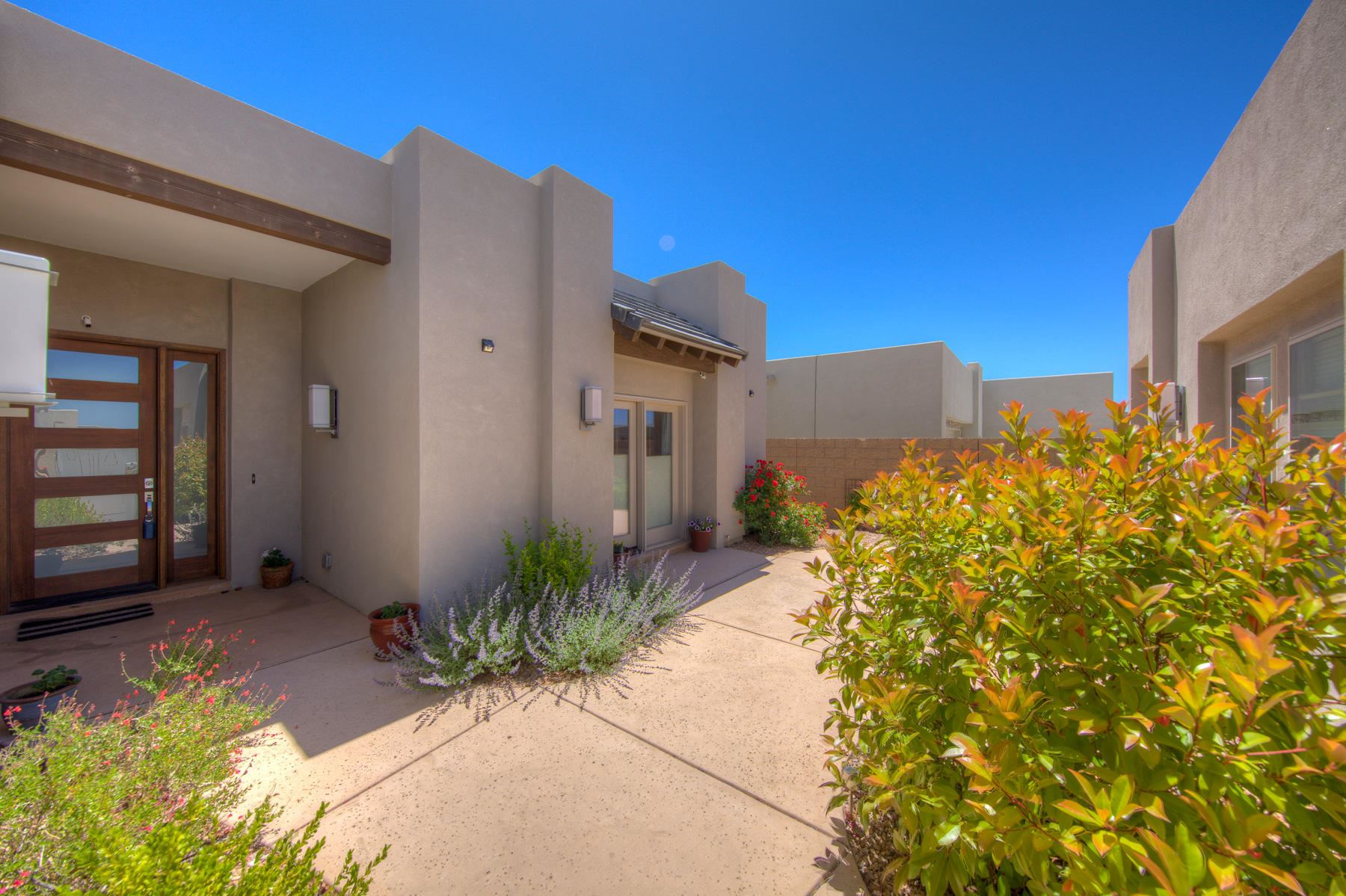 Photo of 9516 RIDGE VISTA NE, Albuquerque, NM 87122 (MLS # 968923)