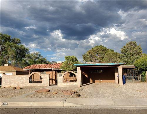 Photo of 404 GARCIA Street NE, Albuquerque, NM 87123 (MLS # 971925)