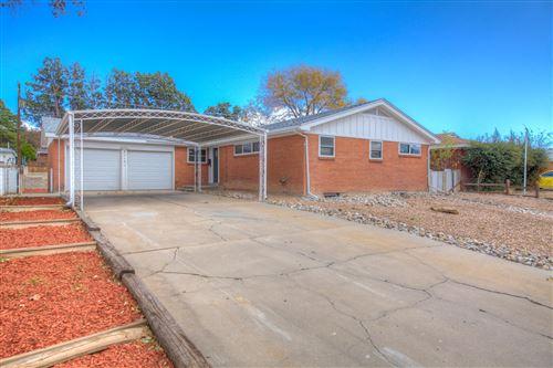Photo of 2912 ESPANOLA Street NE, Albuquerque, NM 87110 (MLS # 980931)