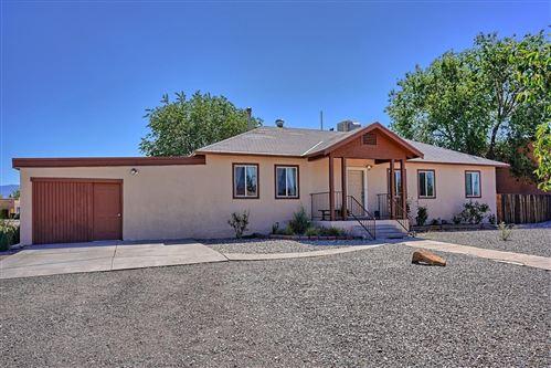 Photo of 3116 CORONA Drive NW, Albuquerque, NM 87120 (MLS # 991932)