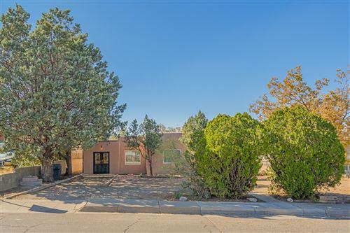 Photo of 603 WELLESLEY Drive SE, Albuquerque, NM 87106 (MLS # 979934)