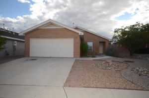 Photo of 9815 SILVERTON Drive NW, Albuquerque, NM 87114 (MLS # 987935)