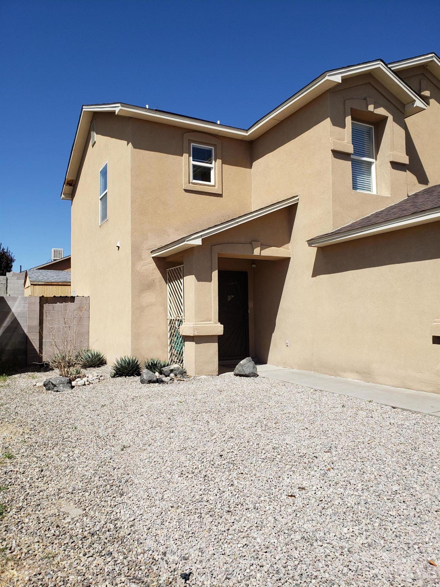 Photo of 419 DESERT TREE Drive SW, Albuquerque, NM 87121 (MLS # 989936)
