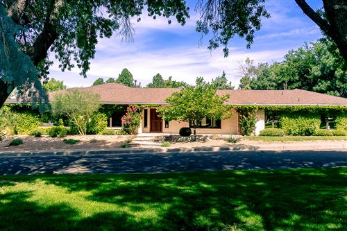 Photo of 8503 LA SALA GRANDE NE, Albuquerque, NM 87111 (MLS # 966938)
