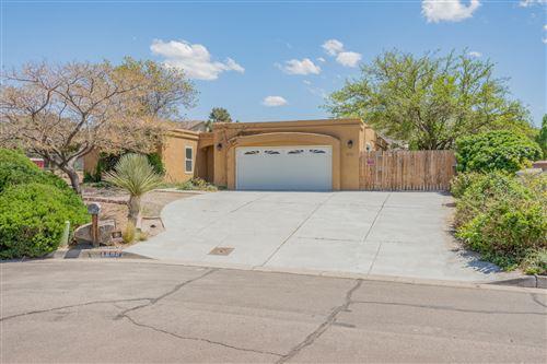 Photo of 1808 LA CABRA Drive SE, Albuquerque, NM 87123 (MLS # 991940)