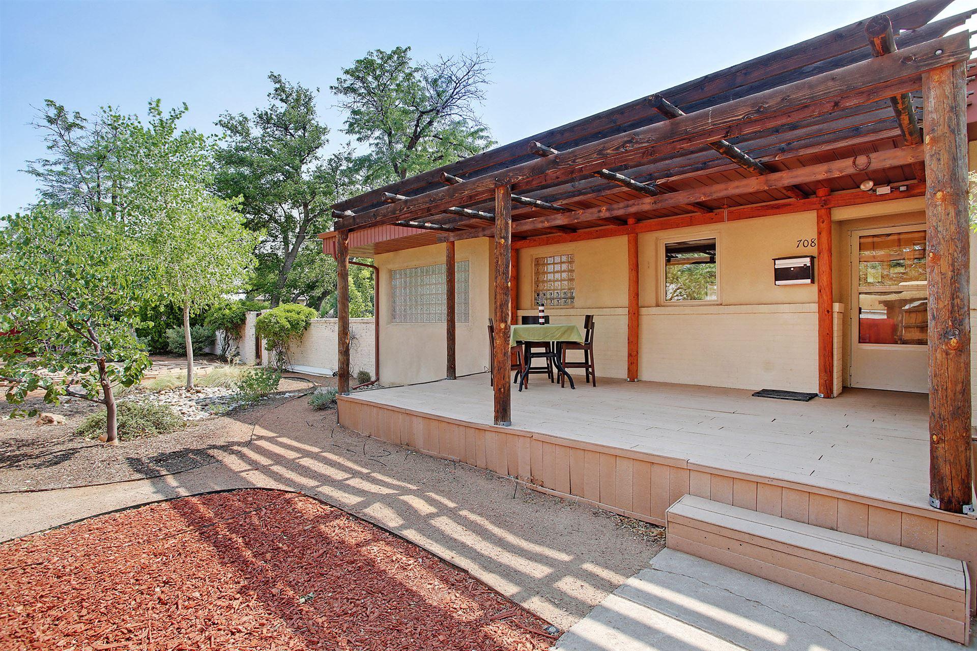 Photo of 708 MORNINGSIDE Drive SE, Albuquerque, NM 87108 (MLS # 970941)