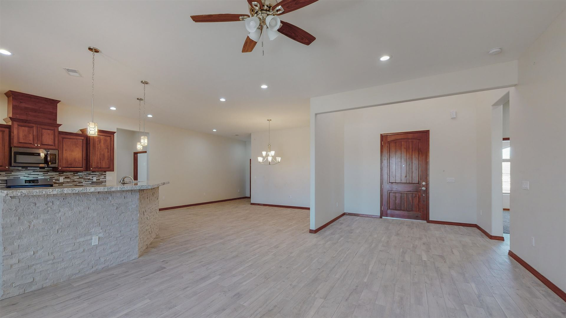1 Del Cerro Court, Los Lunas, NM 87031 - MLS#: 982941