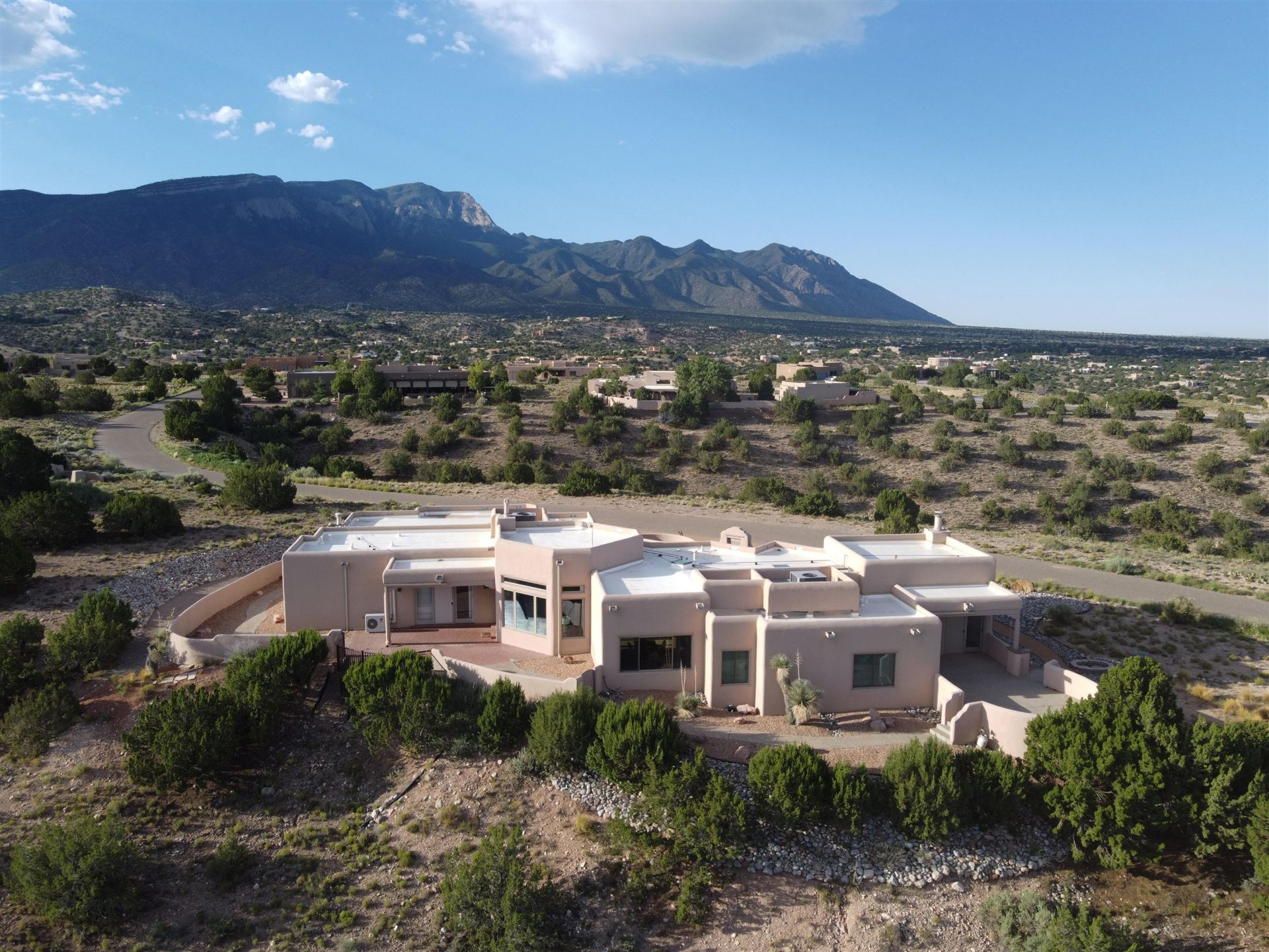 Photo of 6 CALLE PONDEROSA, Placitas, NM 87043 (MLS # 974943)