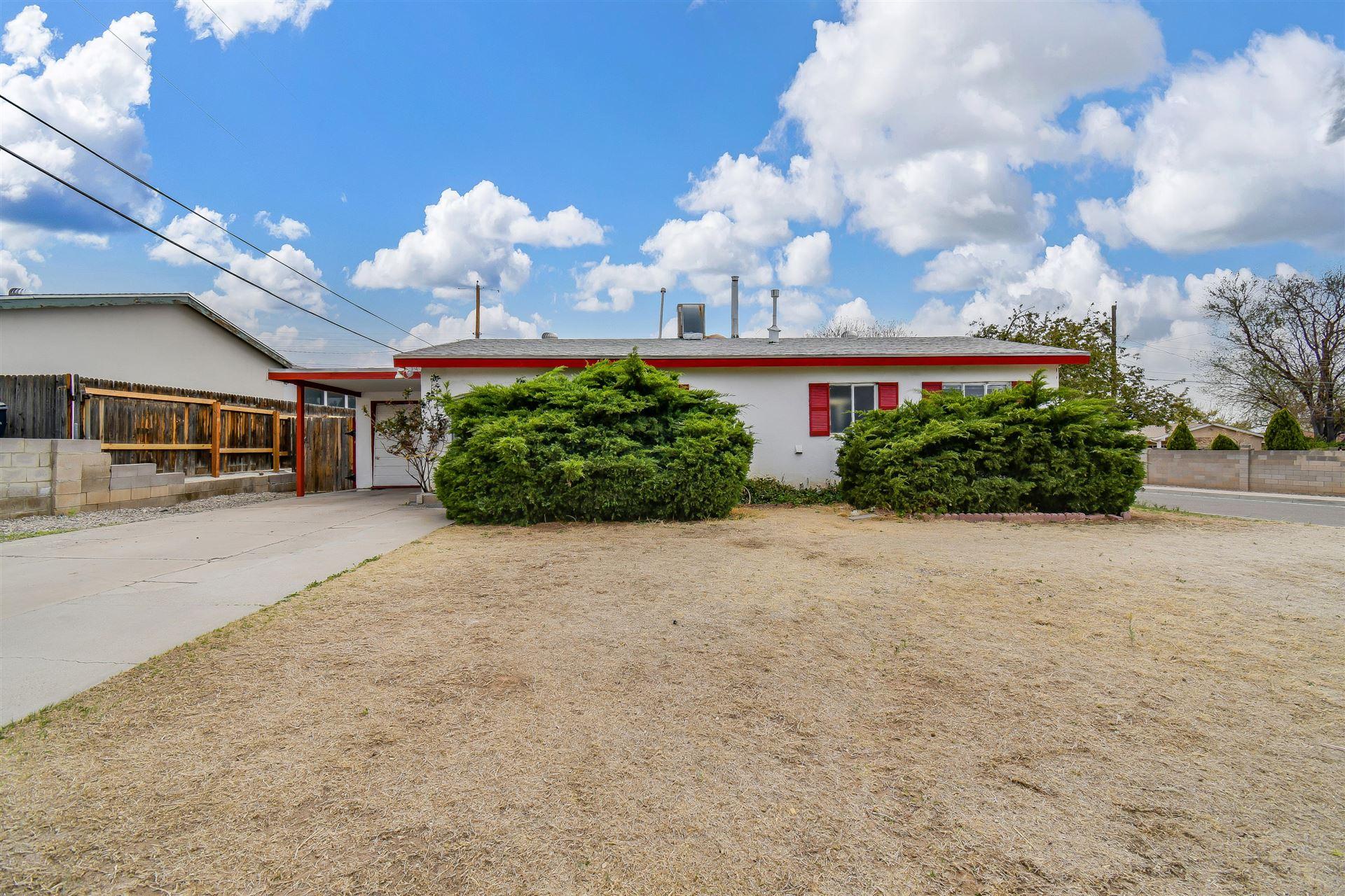 Photo of 11600 RALPH Avenue NE, Albuquerque, NM 87112 (MLS # 989945)