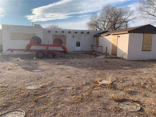 Photo of 511 Moon Street SE, Albuquerque, NM 87123 (MLS # 957949)