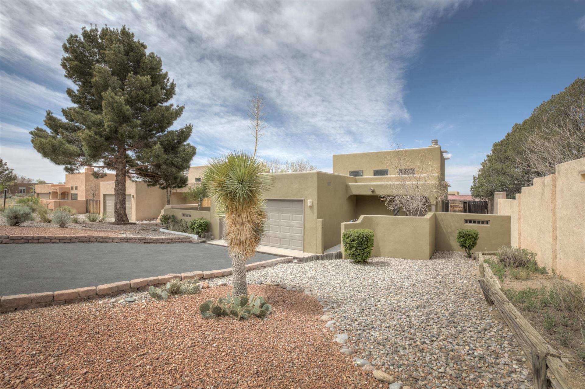 Photo of 2803 TRAMWAY Circle NE, Albuquerque, NM 87122 (MLS # 989949)