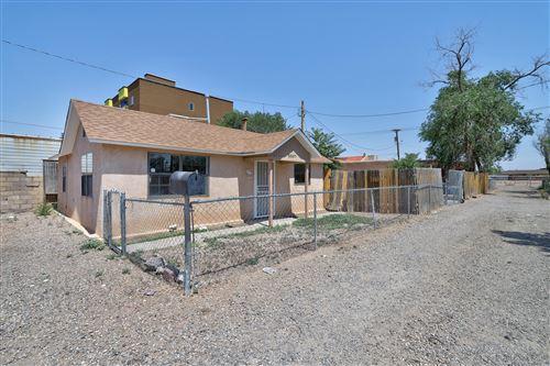 Photo of 3307 CONDER Lane NW, Albuquerque, NM 87107 (MLS # 994952)