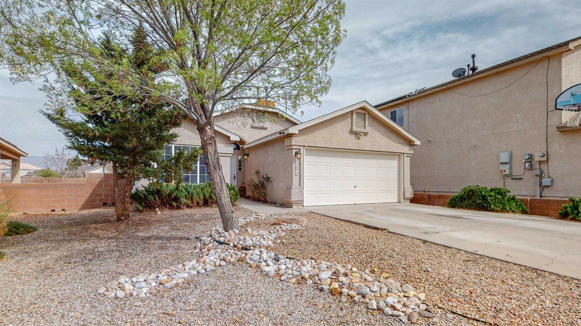 Photo of 10200 CALLE CHULITA NW, Albuquerque, NM 87114 (MLS # 989952)