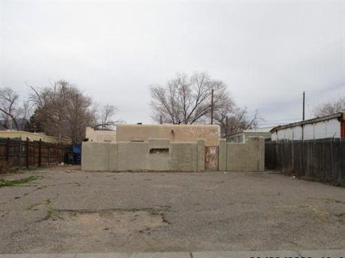 Photo of 204 ESPANOLA Street NE, Albuquerque, NM 87108 (MLS # 977953)