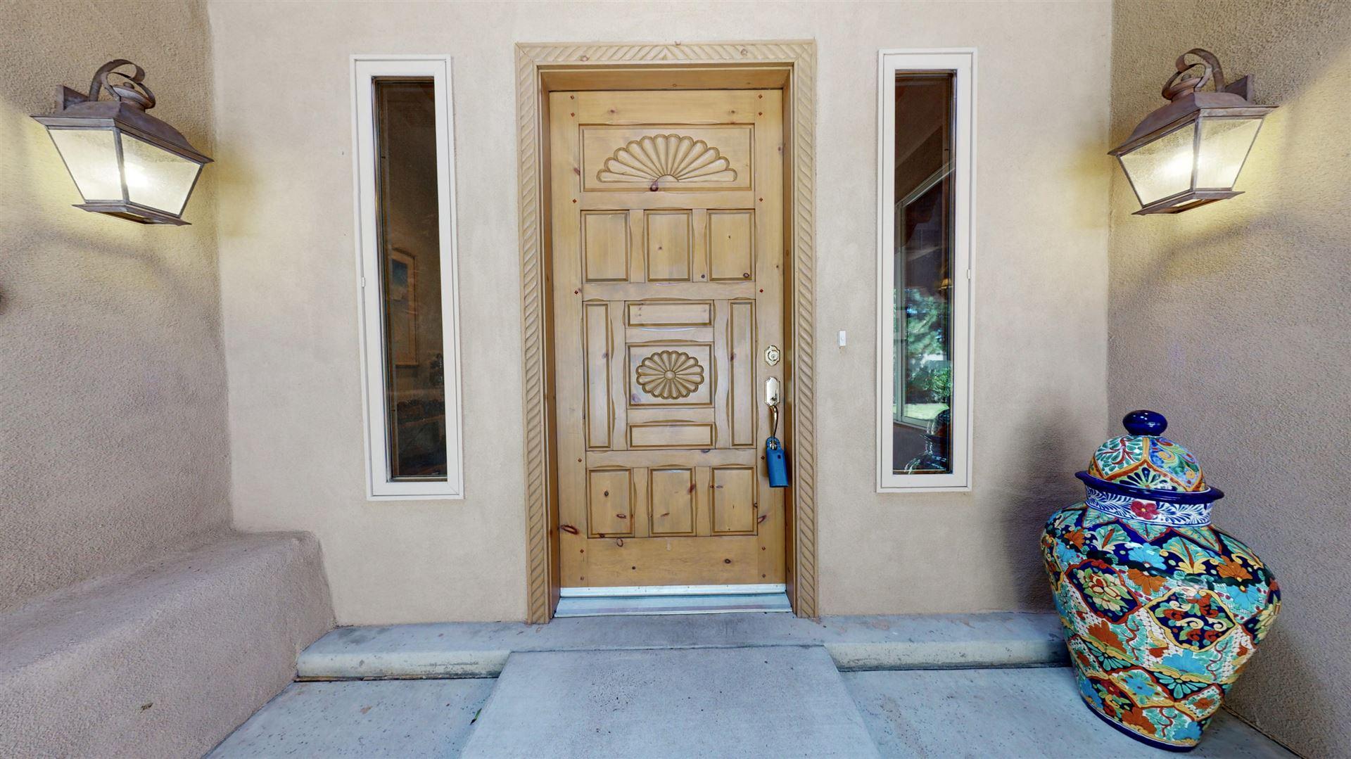 Photo of 1728 Rusty Road NW, Albuquerque, NM 87114 (MLS # 968953)