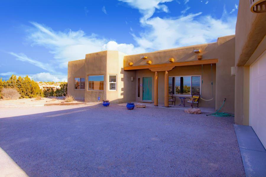 Photo of 5 Solar Court, Placitas, NM 87043 (MLS # 974959)