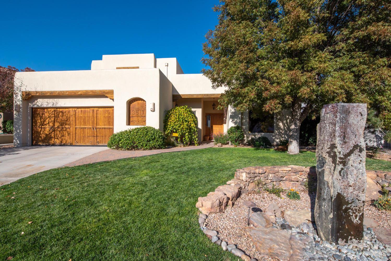 Photo of 3517 CALLE SUENOS SE, Rio Rancho, NM 87124 (MLS # 979960)