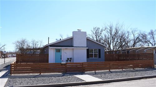 Photo of 323 Desoto Avenue, Belen, NM 87002 (MLS # 961961)