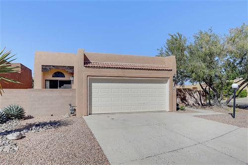 Photo of 2101 NAVAJO WILLOW Drive NE, Albuquerque, NM 87122 (MLS # 977962)