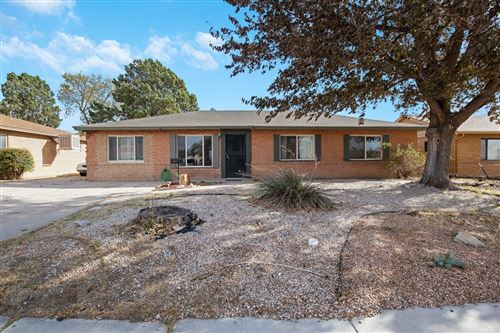 Photo of 2002 UTAH Street NE, Albuquerque, NM 87110 (MLS # 980967)