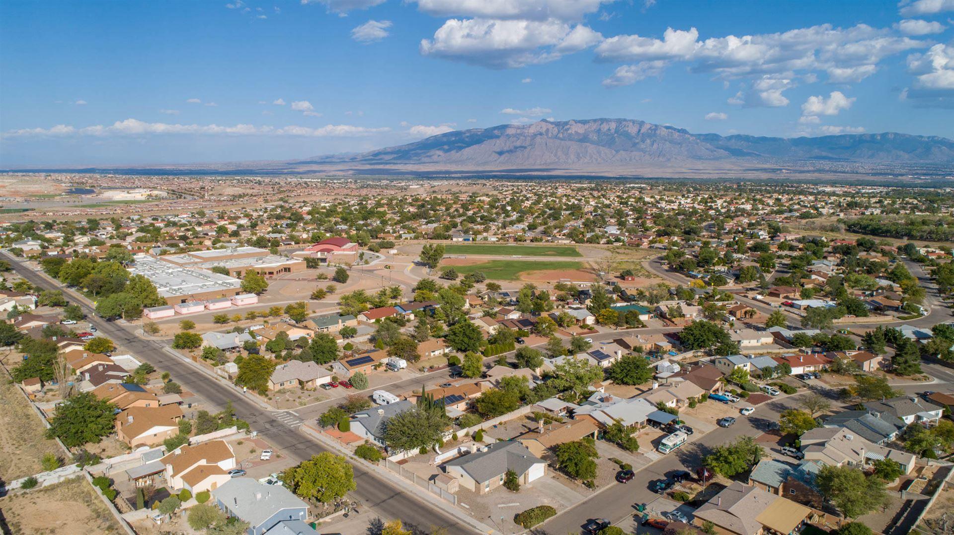 Photo of 200 LITTLER Drive SE, Rio Rancho, NM 87124 (MLS # 977969)