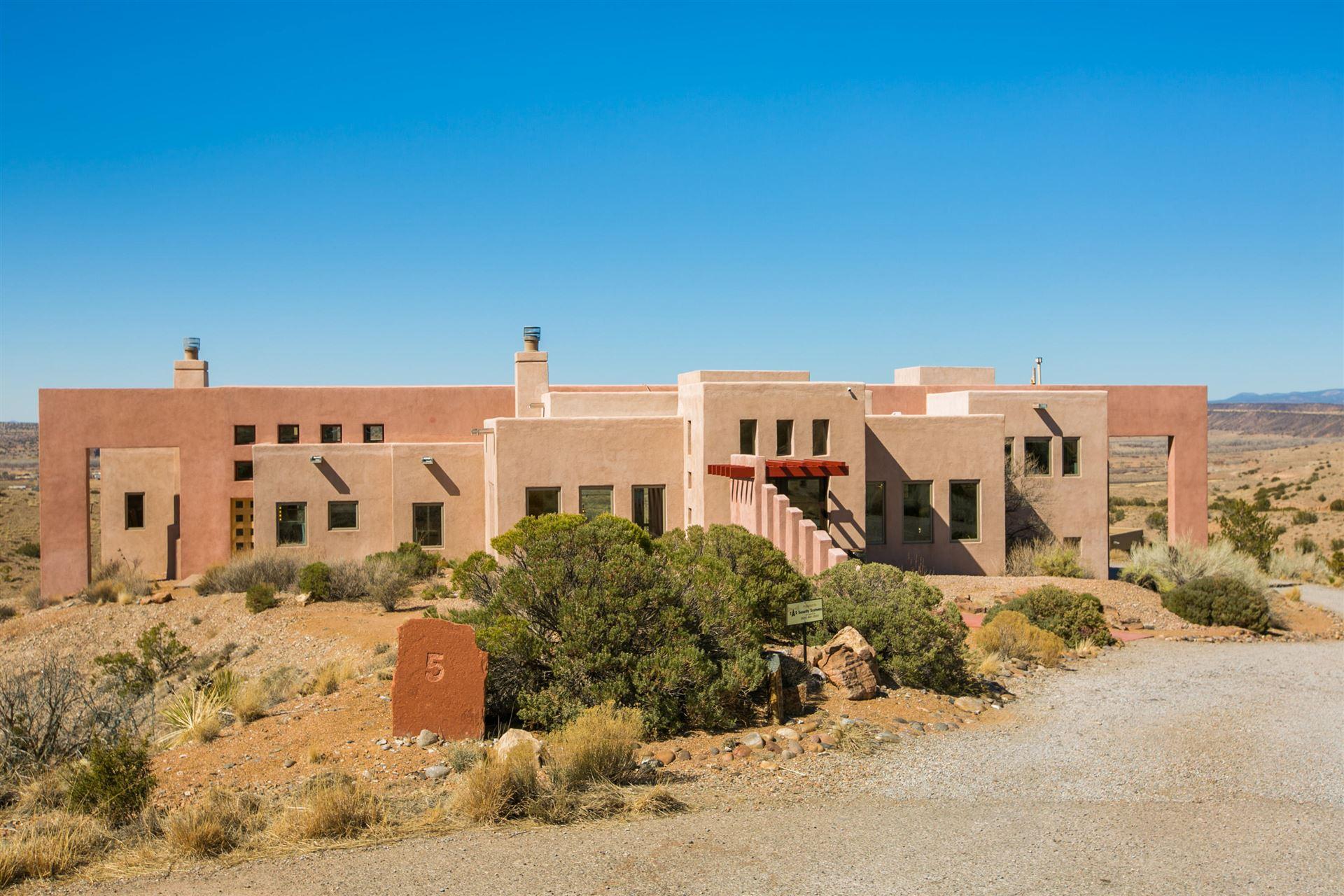 Photo of 5 SUNSET MESA Court, Placitas, NM 87043 (MLS # 986970)